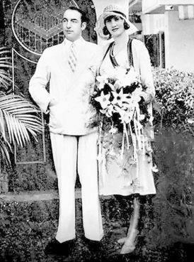 Neruda con María Antonieta Hagenaar, madre de Malva