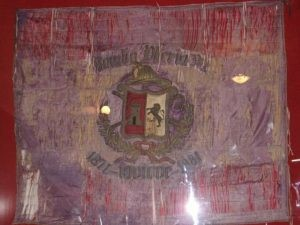 Reliquia de la bandera del Cuerpo de Bomberos de Iquique.